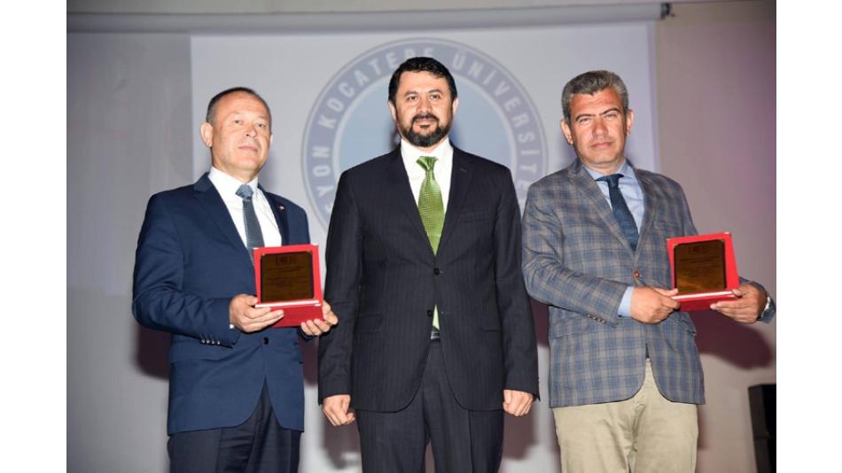 """""""DİPLOMALAR ANAHTARDIR,ANAHTARI AÇACAK KİLİT SİZLERSİNİZ"""".06.Mayıs.2017"""
